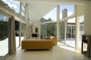 Glass-wall-white-living-room-665x441