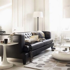 Monochrome-living-room