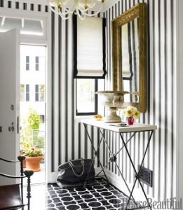 hbx-black-and-white-stripe-graphic-entry-0512-thomas08-xl-1